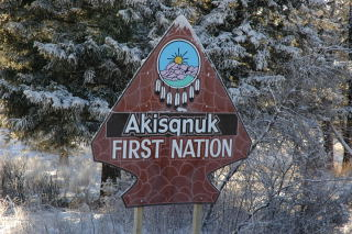 Akisqnuk First Nation sign